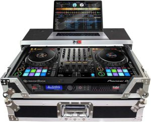 DJ cases and mounts